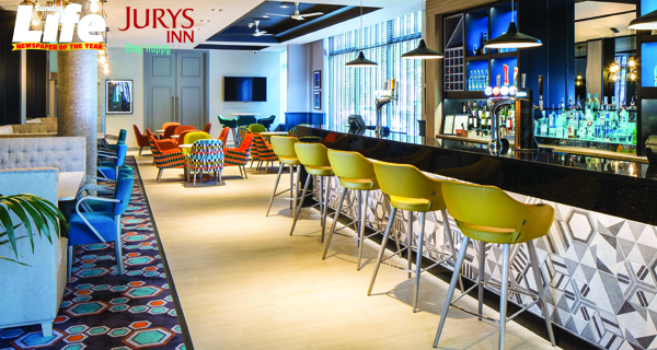 Sweep your sweetheart away with a city escape courtesy of jurys inn belfast belfast telegraph - Chambre 1408 explication ...